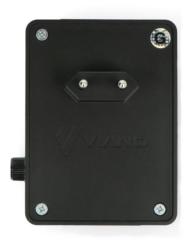 Odstraszacz zasilany jest napięciem 230 V ze standardowego gniazdka sieciowego.