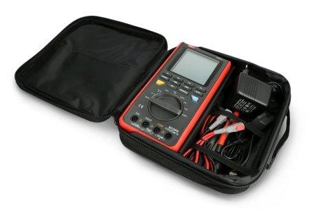 W zestawie znajduje się wygodny pokrowiec do przechowywania urządzenia i akcesoriów.